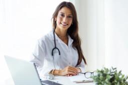 Konsultasi Kesehatan Saat #Dirumahaja, 4 Aplikasi Ini Bisa Jadi Solusi