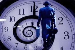 Sejumlah Orang Ini Mengaku Penjelajah Waktu, Anda Percaya?