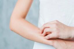 Mulai Infeksi Kulit Hingga Stres, Ini 7 Dampak Akibat  Malas Mandi