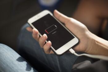 Mengulik Teknologi Fast Charging Baterai dan Mitosnya