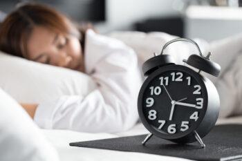 Tidur nyenyak sangat penting untuk menjaga kesehwa/Freepik)atan (istime