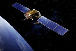 Keren! Jepang Bikin Satelit dari Kayu untuk Kurangi Sampah Antariksa