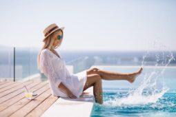 Ingin Berenang Di Kolam Renang dan Pantai Aman dari Corona? Simak Tipsnya
