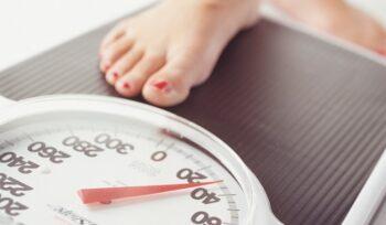 Hati-Hati Tanda Penuaan Dini Perempuan, Salah Satunya Berat Badan Susah Turun