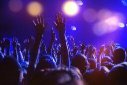 Gara-Gara Pandemi, 4 Konser Musik Ini Terpaksa Ditunda hingga Dibatalkan