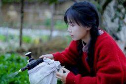 Youtuber Cantik China Berpenghasilan Rp72 Miliar dari Konten Kreatif Ini