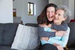 Cara Mengambil Hati Mertua Agar Jadi Menantu Kesayangan