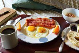 Jangan Asal! 5 Makanan Ini Tidak Baik untuk Sarapan