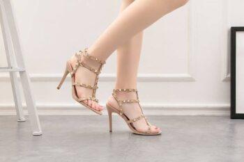 Hati-Hati Ladies, Pakai Sepatu High Heels Berisiko Alami Sederet Masalah Ini