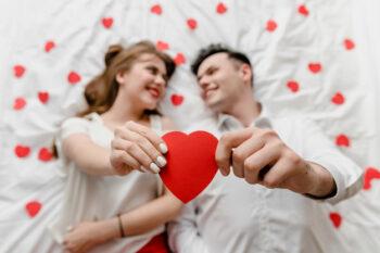 Ini Waktu yang Dianjurkan Berhubungan Suami Istri Menurut Islam