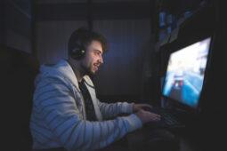 Seperti Apa Peluang Karier Industri Gaming 2021? Simak Ulasannya!