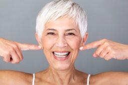 Ini 5 Manfaat Tertawa Untuk Kesehatan