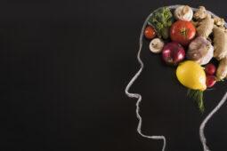 10 Makanan yang Baik untuk Meningkatkan Kecerdasan Otak