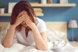 Penyebab  Sakit Kepala Saat Bangun Tidur dan Cara Mengatasinya