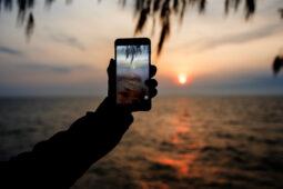 Modal Ponsel Bikin Vlog Keren, Pakai Aplikasi Ini Ya