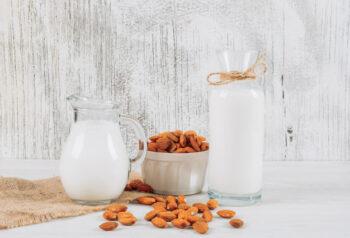 Susu Almond Lezat dan Kaya Manfaat untuk Kesehatan, Mau Coba?