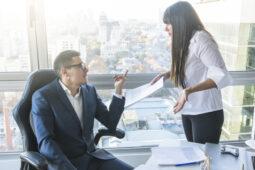 Perhatikan Tips Menghadapi Atasan Buruk Ini Agar Karier Aman