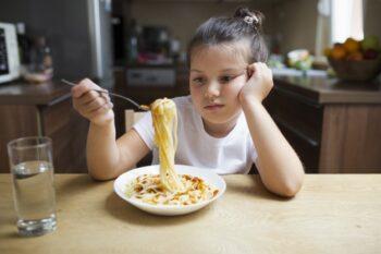 Tidak Bernafsu Makan dan Perut Kembung di Pagi Hari? Cek Penyebabnya
