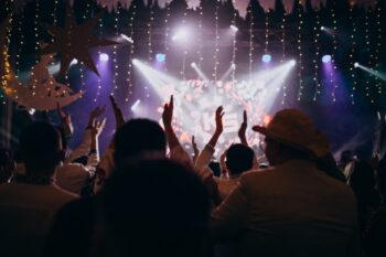 Berapa Pendapatan Artis K-Pop Paling Ngetop?