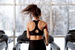Hindari Menyantap Makanan Ini Sehabis Olahraga