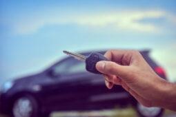 Kunci Tertinggal di Dalam Mobil? Tenang, Begini Cara Mengatasinya