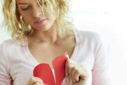 7 Mitos yang Membuat Gagal Nikah, Percaya?