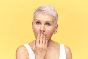 Rambut Beruban di Usia Muda? Ini 6 Faktor Penyebabnya