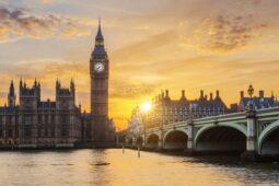 17 Negara Melarang ke Inggris, Ini Penyebabnya