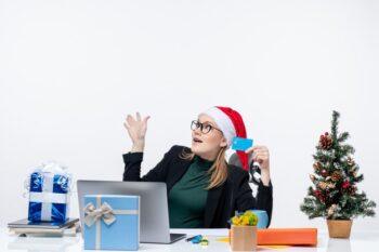 5 Aplikasi untuk Bikin Kartu Ucapan Natal Digital