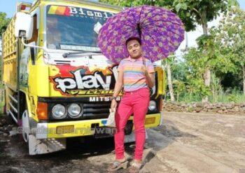 Ini Dia Pria Viral Jogja Widodo Redmi yang Dijuluki Idol Akhir Tahun 2020