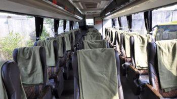 Bus social distancing PO Handoyo (Detik)