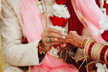 Setiap negara punya tradisi upacara pernikahan termasuk India (ilustrasi Freepik)