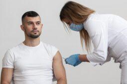 Vaksinasi Saat Puasa, Apa yang Harus Dipersiapkan?