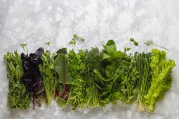 Sayuran hijau dipercaya bisa memperbesar ukuran payudara (ilustrasi Freepik)