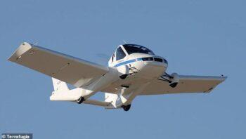 Hore! Mobil Terbang Siap Hadir 2022