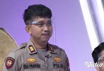 Setia Temani Tukul Arwana, Ini Potret Kece Ega Prayudi Berseragam Polisi di Instagram